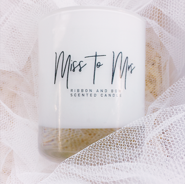 bride to be white glass candle