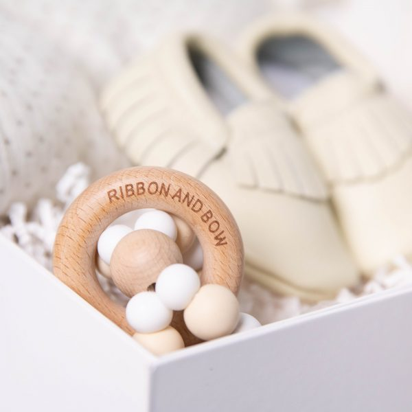 Neutral baby teething ring