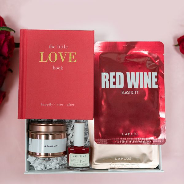 The Fine Wine-ribbon-and-bow-gift-box